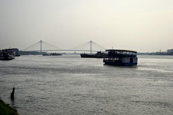 калькутта река мост паром