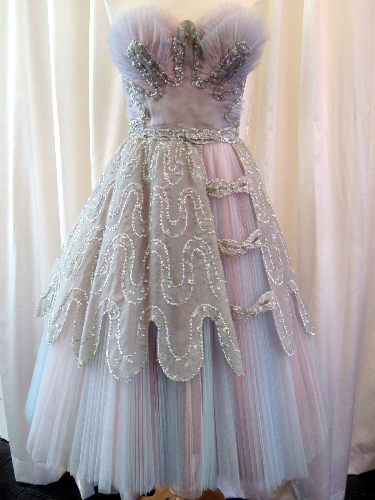1950s Couture pink & blue lace