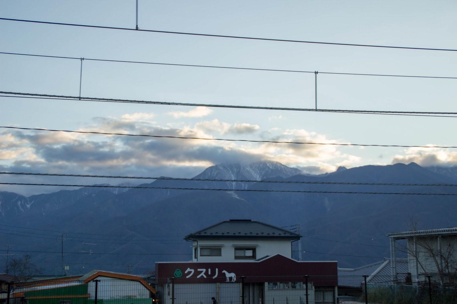 小淵沢駅より