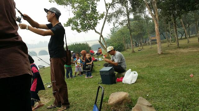 Taman Wetland Putrajaya, memancing, fishing at Putrajaya