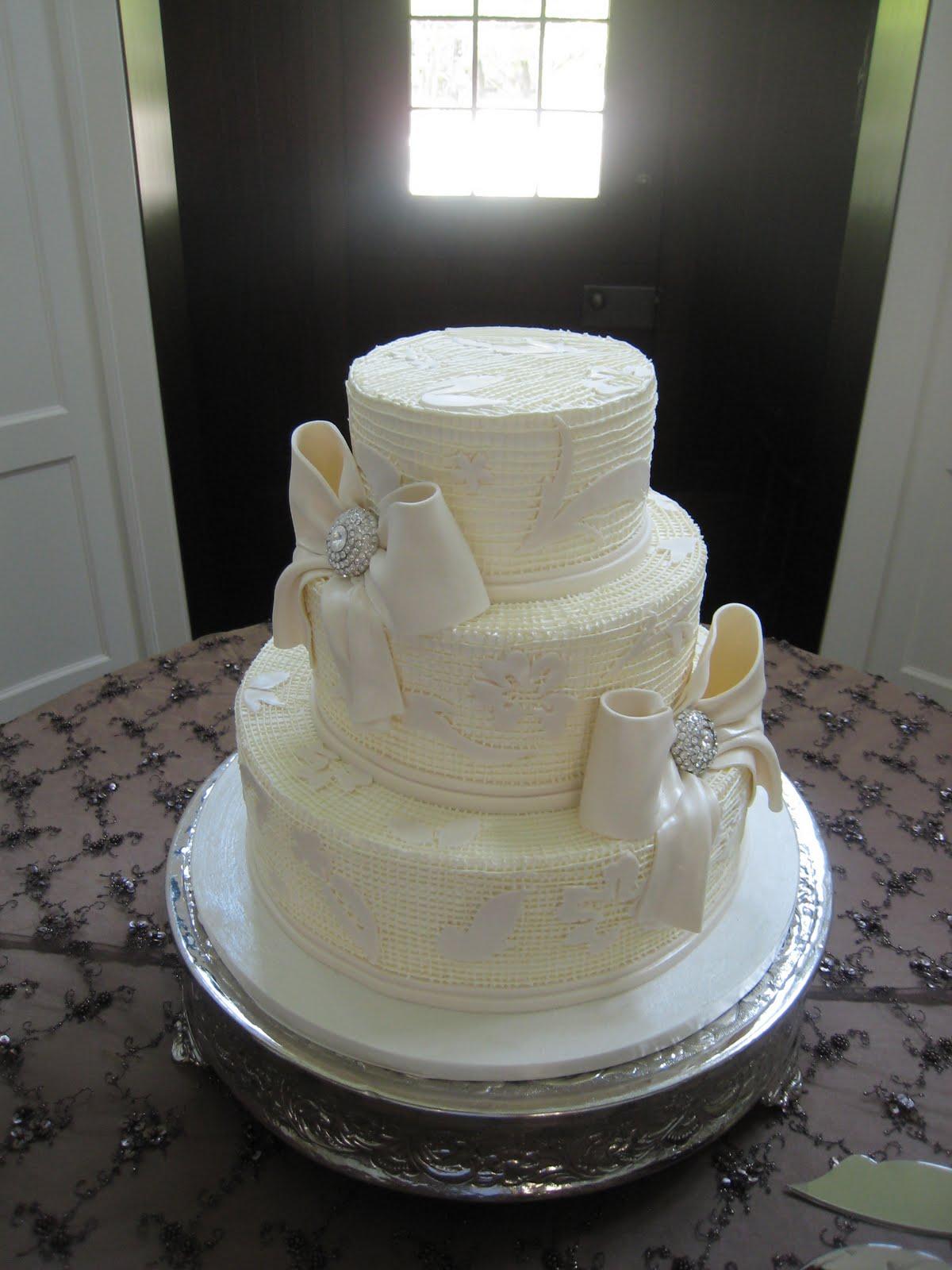 elegant wedding cakes 2011