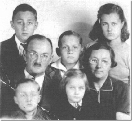 Hoff family passport photo - 1941 (greyscale - lower res)