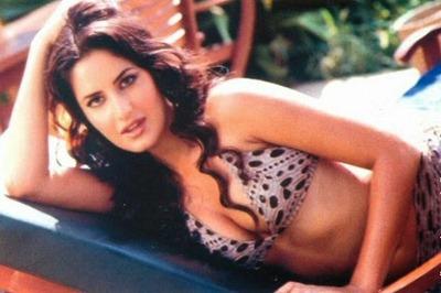 Bikini Hot Babe (5)