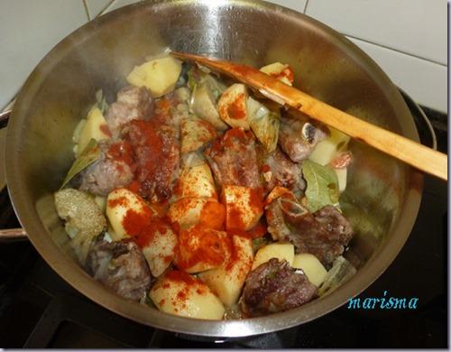 patatas guisadas con costilla de cerdo y alcachofas5 copia
