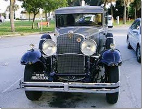 1931_Nash_Ambassador_Sedan_Front