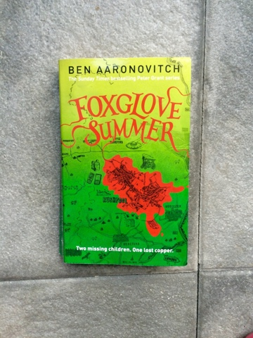 Rezension Foxglove Summer/ Fingerhut Sommer