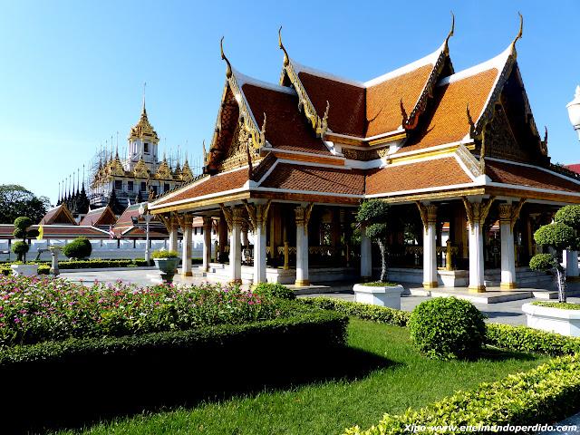 Wat-Ratchanaddaram.JPG