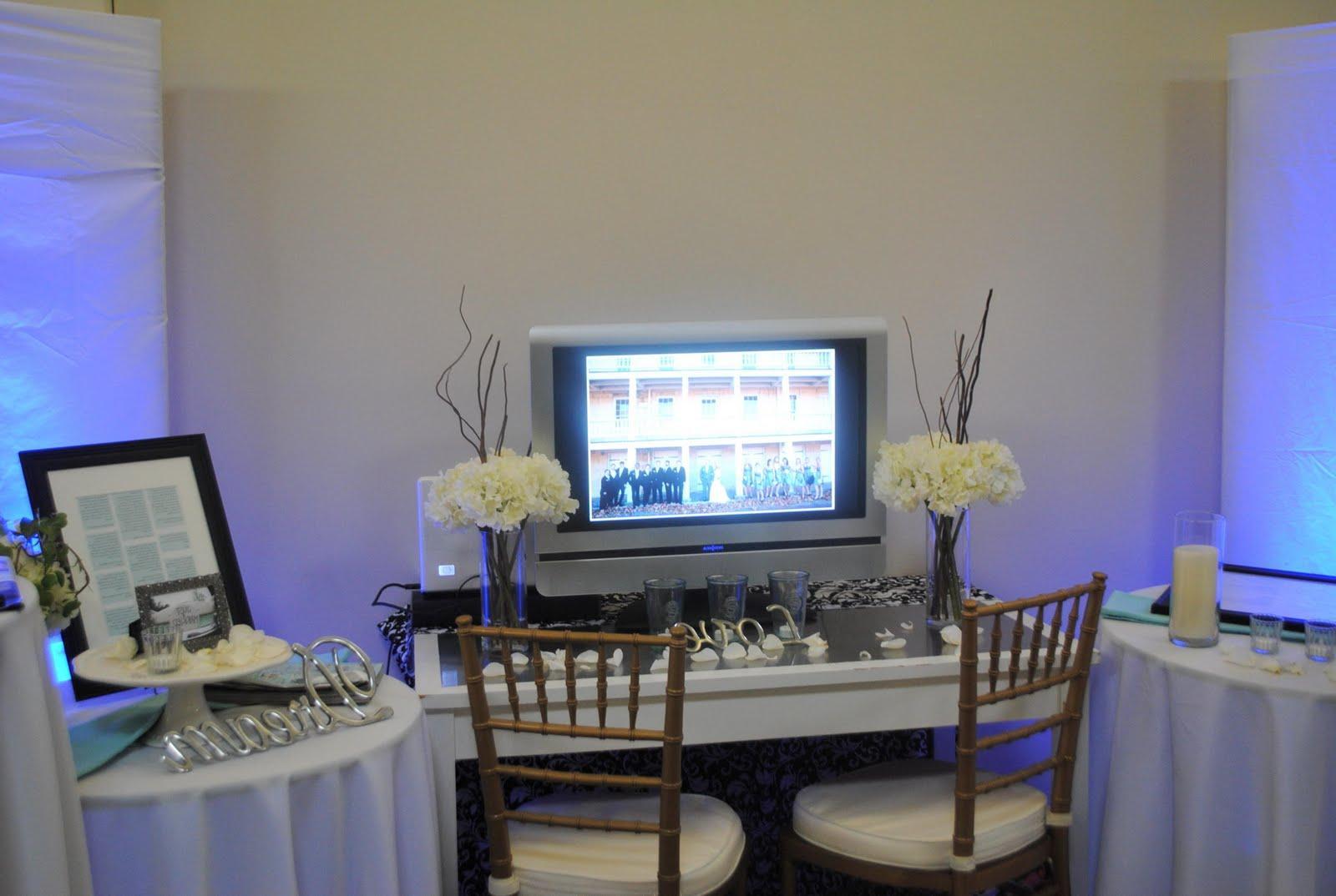 Winter Wedding Gala Booth .