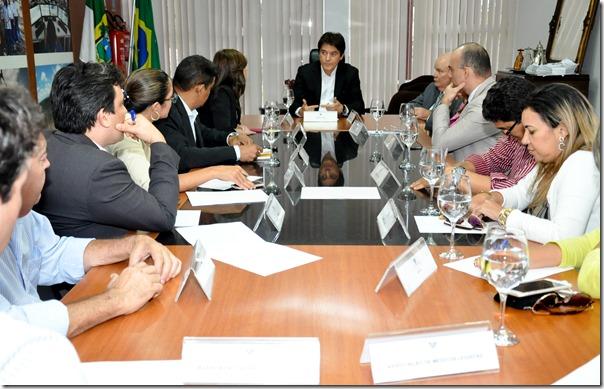 27-08-2015-Reunião-com-Peritos-fot-Vivian-Galvão-2