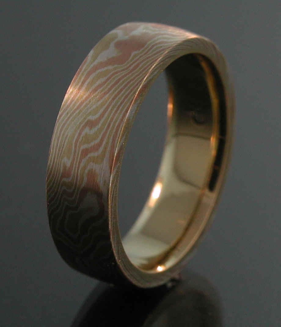 Item   - 8mg - 18k Yellow Gold