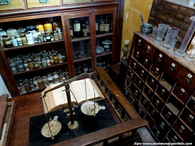 peso-farmacia-museo-les-botigues.JPG