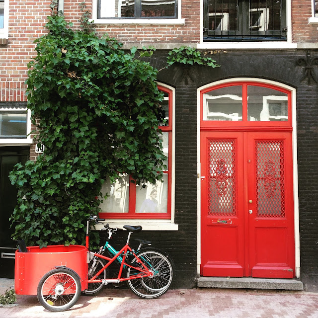 Pretty red Amsterdam doorway