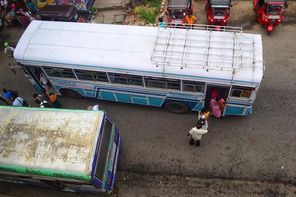 Автобусы в Канди, Шри Ланка