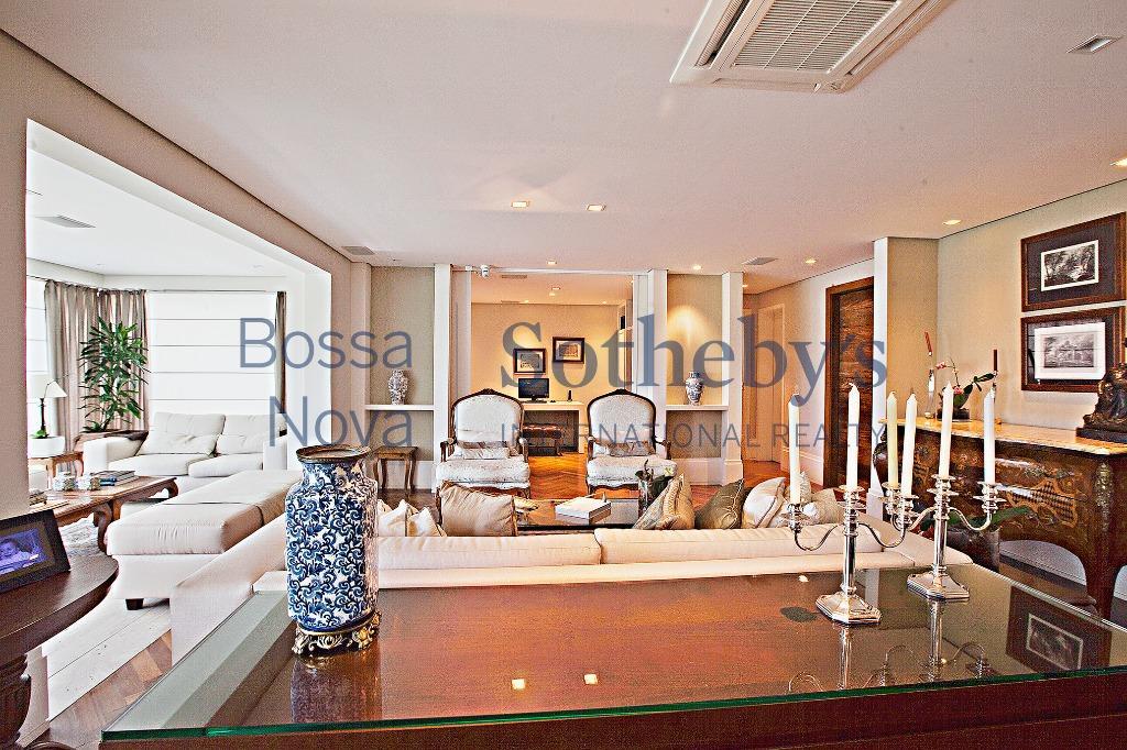 Excelente apartamento em condomínio novo no Itaim.