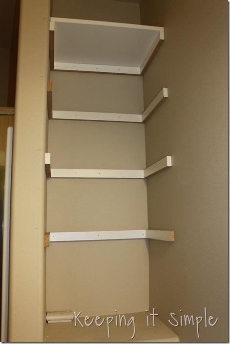 DIY-Shelves-For-A-Small-Bathroom (7)