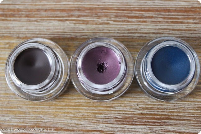 MAC Fluidline Eyeliner Schminksammlung Übersicht swatch Swatches Blacktrack Waveline Macroviolet Blue Peep Siahi Silverstroke Our Secret Lowlights Looking Good Ivy Copperthorn5