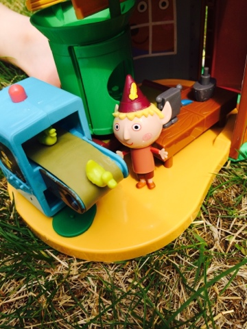 Ben and Holly Elf Tree Playset Review Blake and Maegan Clement
