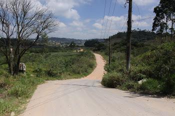 Estrada das Veredas terá ciclovia de 1,8 mil metros