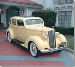 1937-1947-packard-six-1