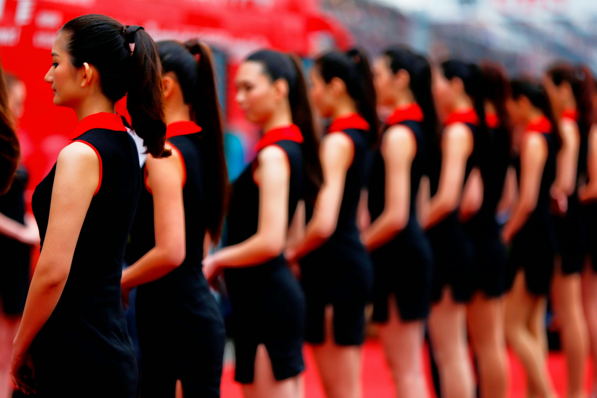 grid girls hd wallpapers - photo #35
