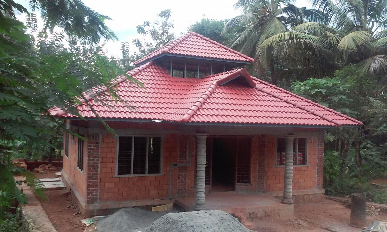 Low cost house design at shornoor building designers for Low cost house building