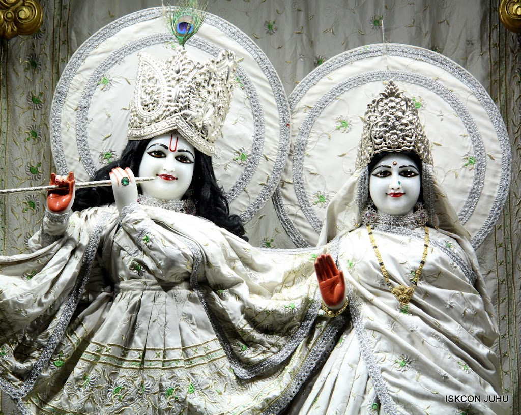 ISKCON Juhu Mangal Deity Darshan 21 Jan 16 (18)