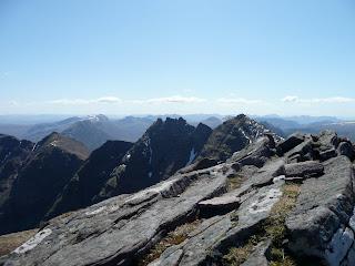 An Teallach ridge from Bidein a Ghlas Thuill (Stob Cadha Gobhlach - Corrag Bhuidhe - Lord Berkeleys Seat - Sgurr Fiona)