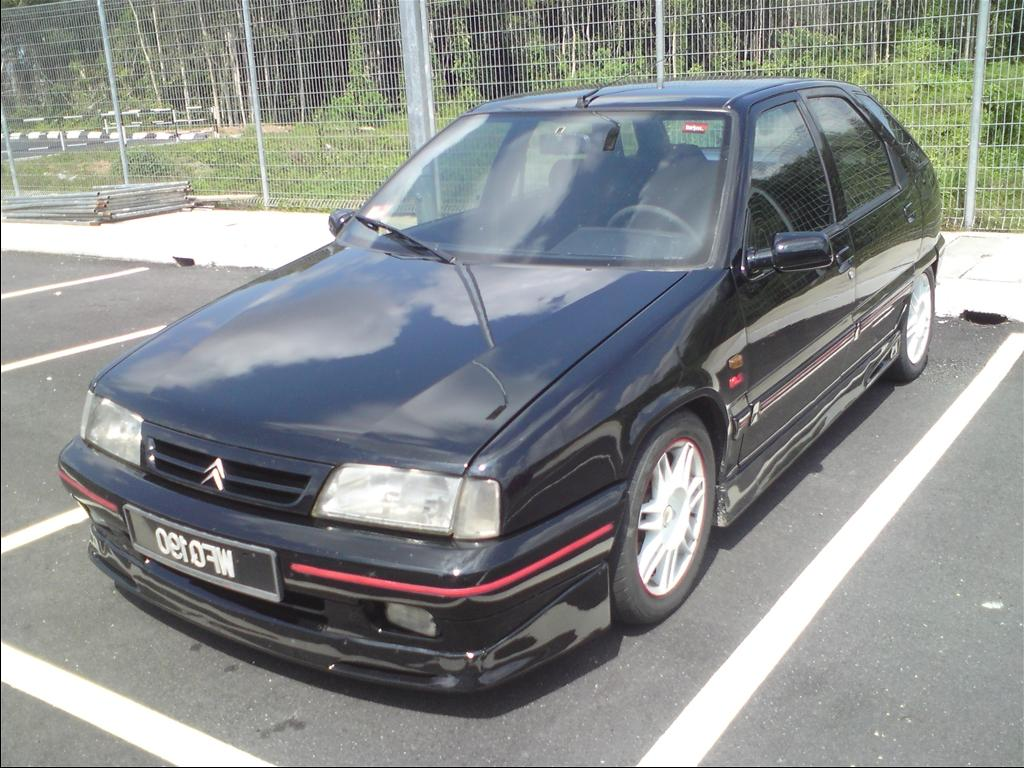 CITROEN ZX VOLCANE SUPER BLACK