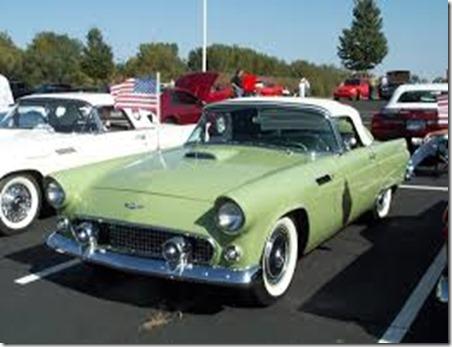 1956-ford-thunderbird-at-show