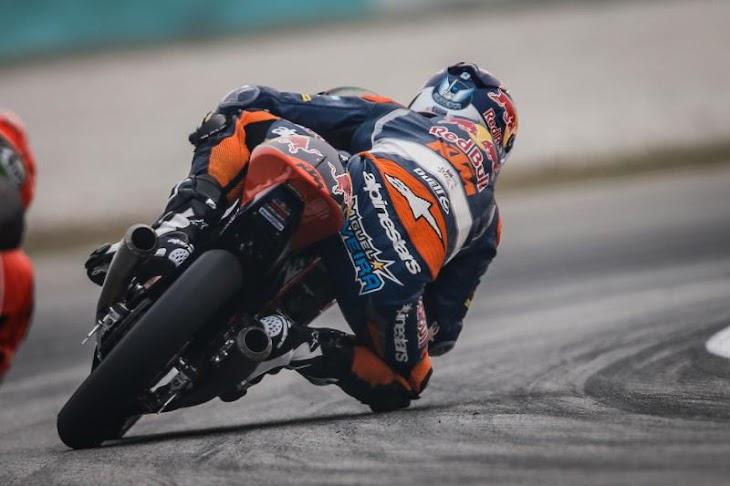 moto3-gara-2015sepang-gpone.jpg