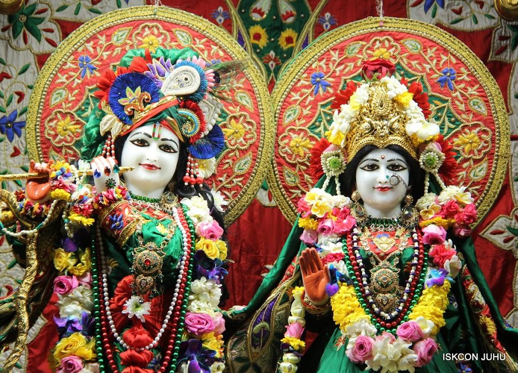 ISKCON Juhu Sringar Deity Darshan 09 Feb 16 (2)