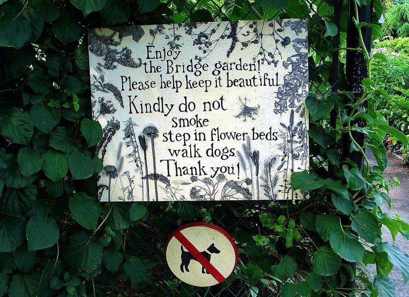 shelburne-bridge-of-flowers-9