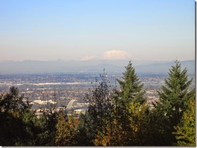 IMG_9265 View of Mount Rainier and Mount Saint Helens from Council Crest Park in Portland, Oregon on October 23, 2007