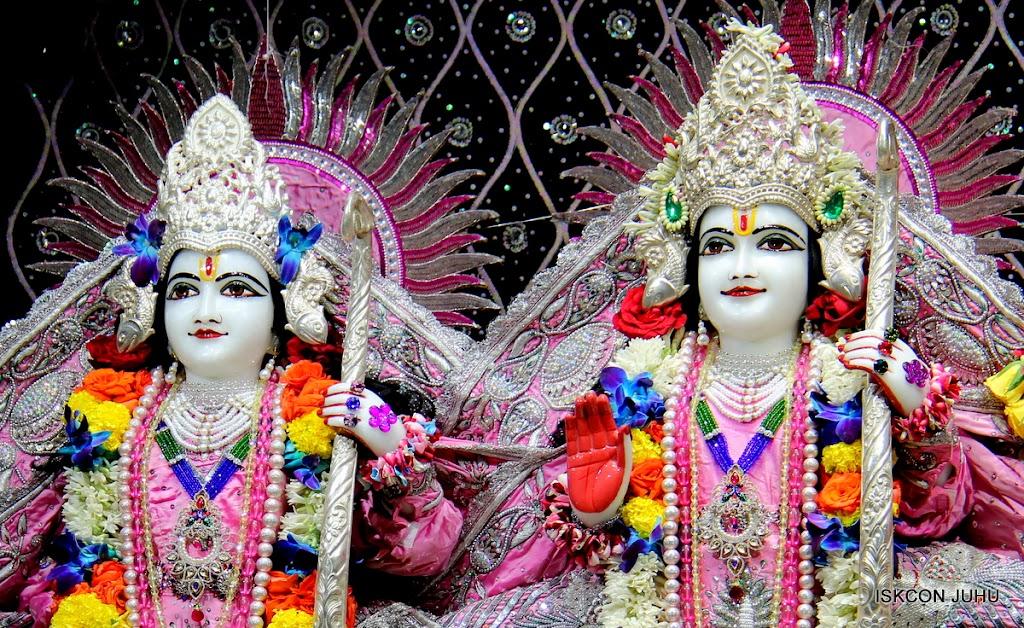 ISKCON Juhu Sringar Deity Darshan 20 Jan 16 (44)