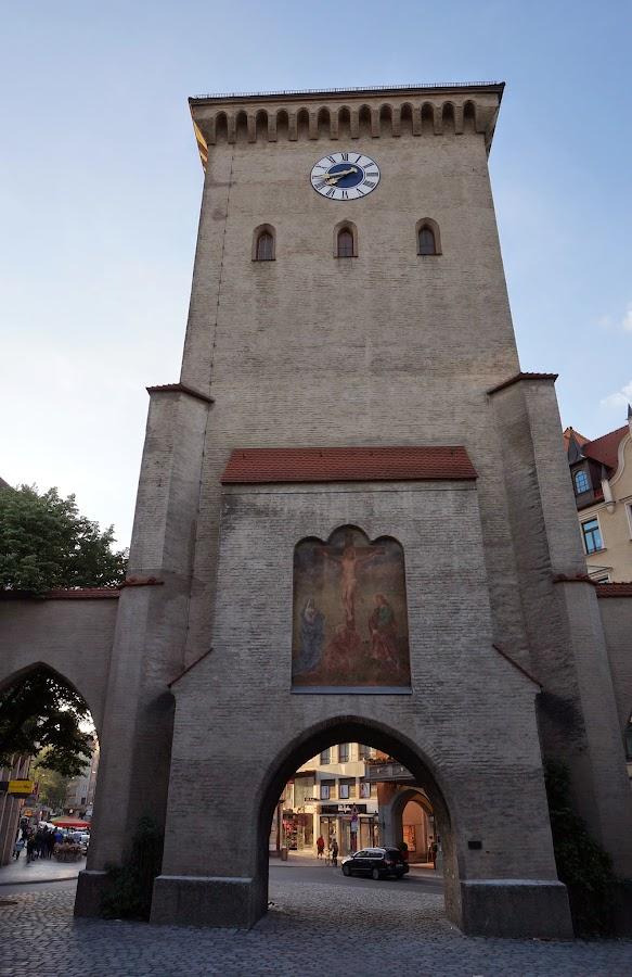Башня Изарских ворот