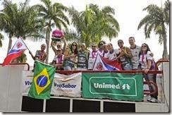 ADCF Unimed - Desfile das tricampeãs - Foto Wado Pellizoni