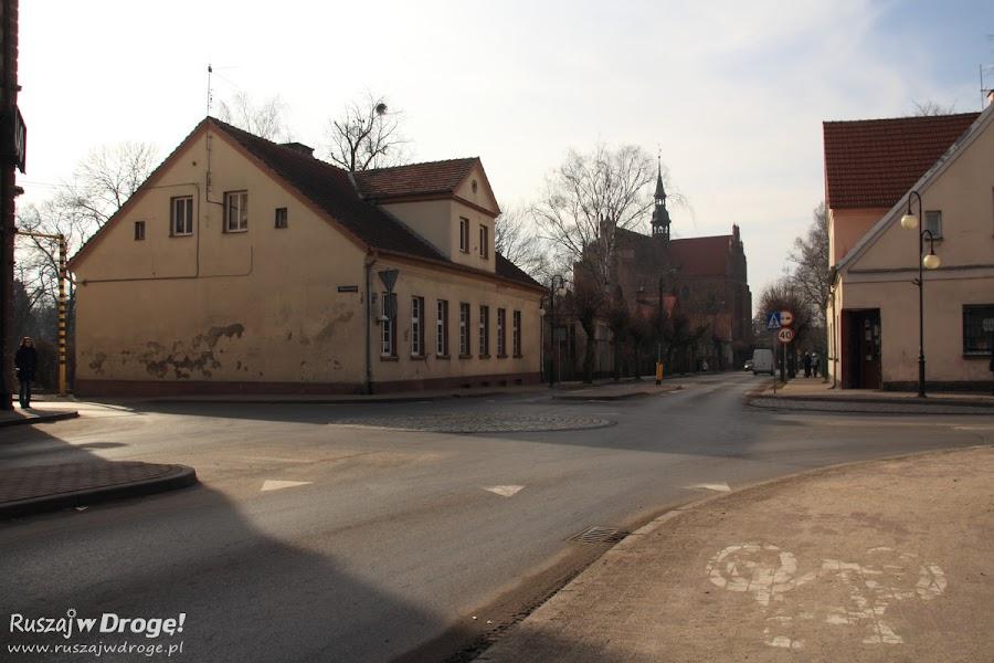 Prawdopodobnie najmniejsze rondo w Polsce - Pelplin