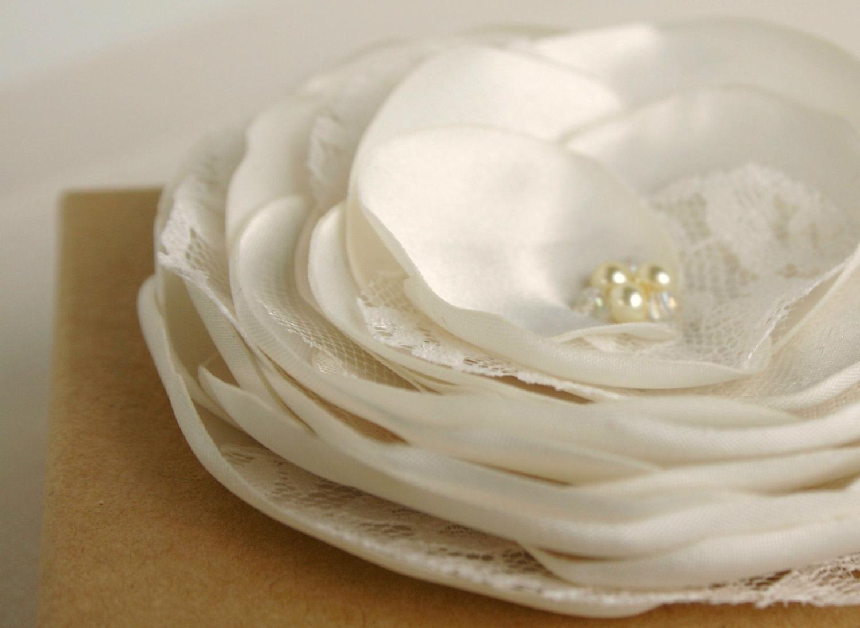 Ivory Flower Hair Clip - Ivory