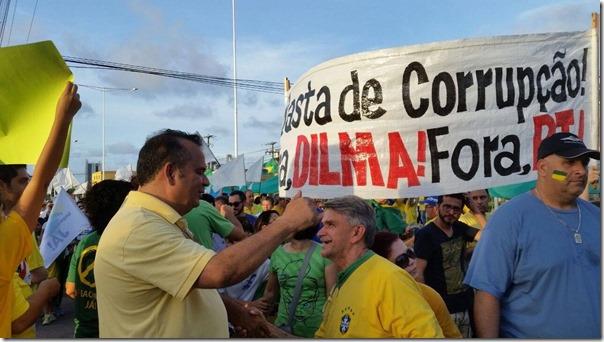 Rogério Marinho no protesto