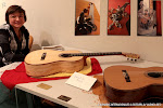 La luthier Donatella Salvato de Italia, nos presentó sus exclusivas guitarras