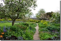 Charleston-House-gardens