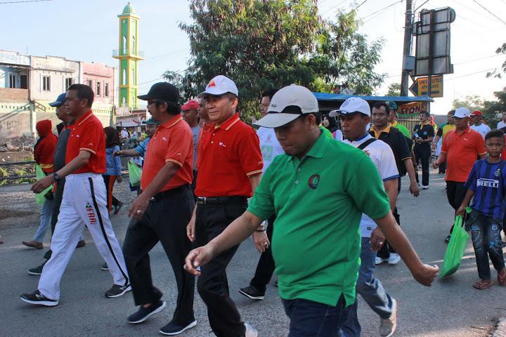 Fun Walk 2015 bersama Bupati Bantaeng dan Gubernur SulSel-8