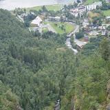 Uitzicht op Geiranger en de Geiranger-fjord.