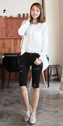 2 phong cach don gian voi jeans rach  7