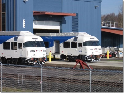 IMG_5022 TriMet Westside Express Service DMU #1002 & Trailer #2001 in Wilsonville, Oregon on January 14, 2009