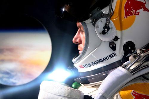 Red Bull Stratos: Skok z przestworzy - Felix Baumgartner (14.10.2012) PL.PDTV.XviD-TVM4iN / lektor pl + RMVB