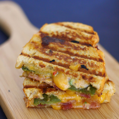 Jalapeño Popper Grilled Cheese Sandwich Recipe | Yummly