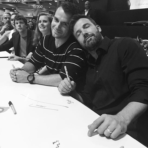 Wrap Batman V Superman Cast Signing At Comic Con