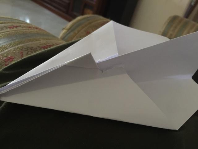 kapal terbang, kapal terbang kertas, permainan, permainan dulu-dulu, kanak-kanak