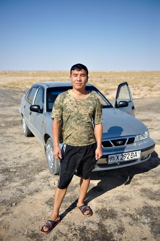 O masina ratacita la 20 de kilometri de Kyrgyz.